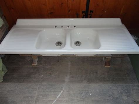 Vintage Double Basin Drainboard Cast Iron Farm Farmhouse C Kitchen With Sink For Sale