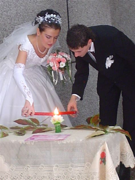 candle lighting ceremony wedding unity candle wikipedia