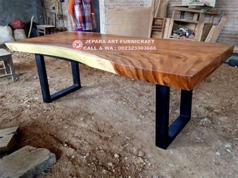 Meja Makan Dari Besi terbaru meja makan alami kayu trembesi kaki besi