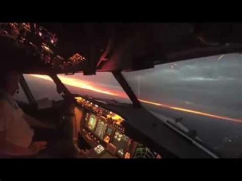 decollo aereo dalla cabina cabina di pilotaggio buzzpls