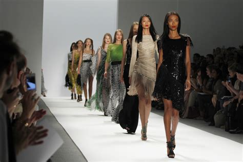 france bans super skinny models new law bans super thin models in france trend police
