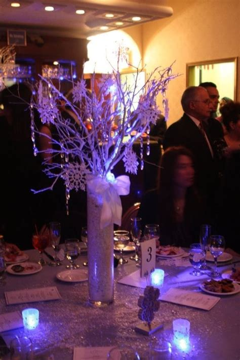 winter sweet 16 centerpieces 49 best sweet 16 quinceanera cakes images on