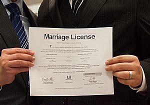 Marriage License Records Hennepin County Mn Couples In Line Early For Marriage Licenses