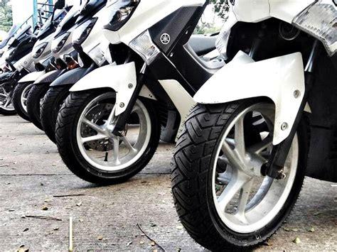 Ban Yamaha Nmax Zeneos 150 70 13 Belakang review singkat ban zeneos untuk yamaha nmax review mobil123