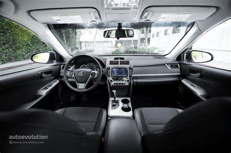 Toyota Camry 2014 Interior 2014 Toyota Camry Review Autoevolution
