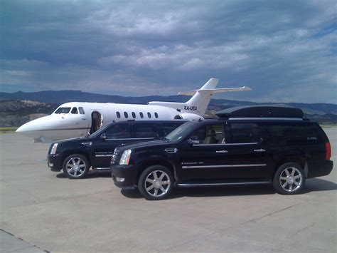 Transportation Services To Airport by Luxury Limousine Orlando Premium Limousine