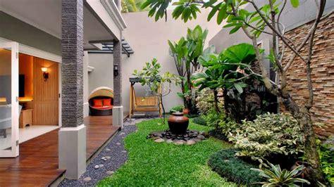 ide desain taman belakang rumah minimalis