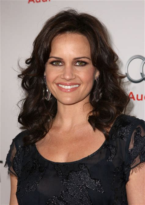 Gamis Amanda By Marghon carla gugino hq pictures just look it