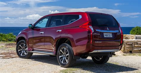 Outer All New Pajero Sport 2016 Model Sport Mb 002 2016 mitsubishi pajero sport gls review caradvice
