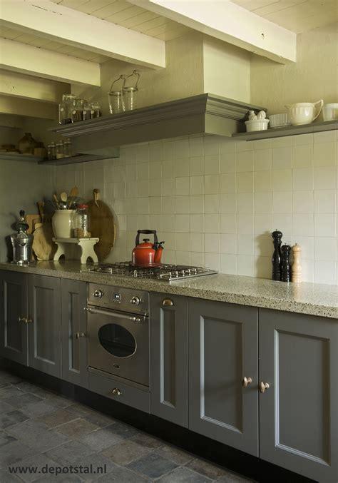 landelijke keuken elephant keuken landelijke stijl accessoires en verf van pure and