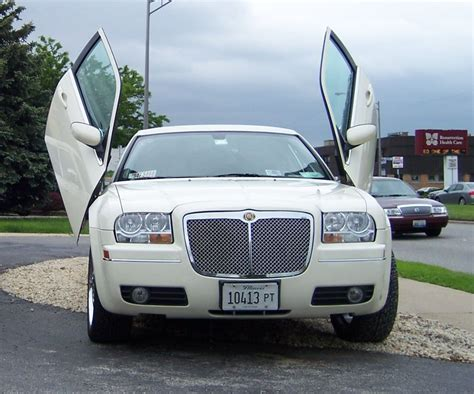Chicago Limo by Chicago Chrysler 300 Limo Chicago Chrysler 300 Limousine