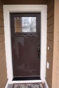a front door makeover from brown to glidden trim