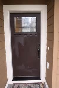 brown front door a front door makeover from brown to red glidden trim