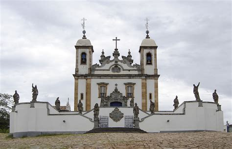 file burros em castelo bom jpg wikimedia commons file congonhas sanctuary of bom jesus church jpg