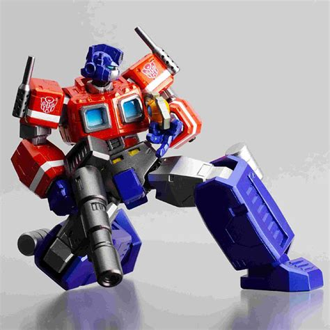 G1 Ultra Magnus Transformers Revoltech 019 Kaiyodo Limited Edition amiami character hobby shop revoltech no 019 convoy released
