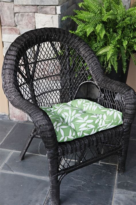 spray painting wicker 17 best images about outdoor furniture on