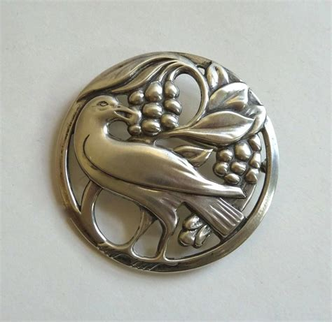 pin by sely raven on design retro 50 s pinterest coro norseland sterling pin raven eating berries