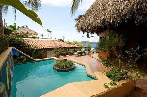 casas  alquilar en playa hermosa guanacaste inwinmanual