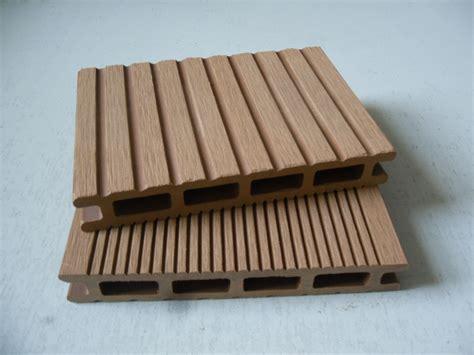 pavimenti in plastica per esterni prezzi pavimenti per esterni impermeabili a basso prezzo wpc