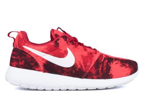 roshe run print sneaker nike roshe run print sneaker bar detroit