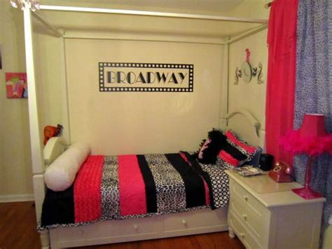 broadway themed bedroom 1000 images about broadway bedroom on