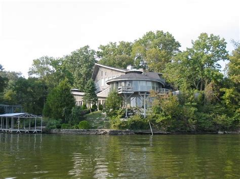 johnny cash house 29 best images about johnny cash house fire on pinterest the boat the family and lakes