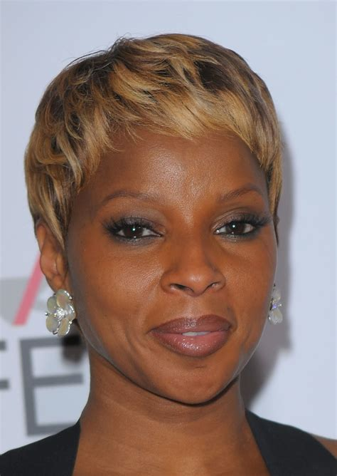 Mary J Bilge Hair Styles Over The Years | mary j blige hairstyle trends mary j blige hairstyle pictures