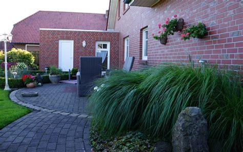 erdgeschosswohnung mit garten sch 246 ne erdgeschosswohnung mit gro 223 em garten und garage