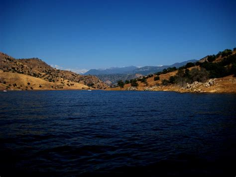 lake kaweah water sports destination california