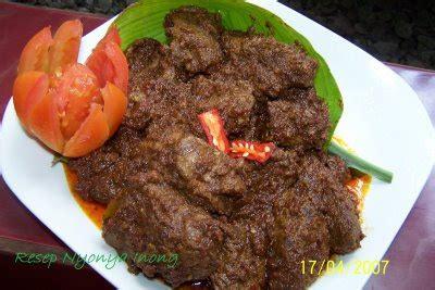 Rendang Kering Rendang Kaleyo Rendang Daging Khas Minang culinary rendang padang blacktourism information just another about tourism information with