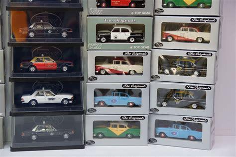 Diecast Hotwheel Murah Lot M N sold model cars 35 x trax top gear die cast australian taxis 1 43 scale auctions lot c