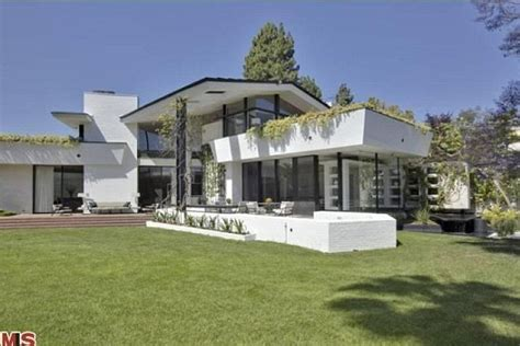 ellen degeneres open house ellen degeneres and portia de rossi shell out 40million for la architectural