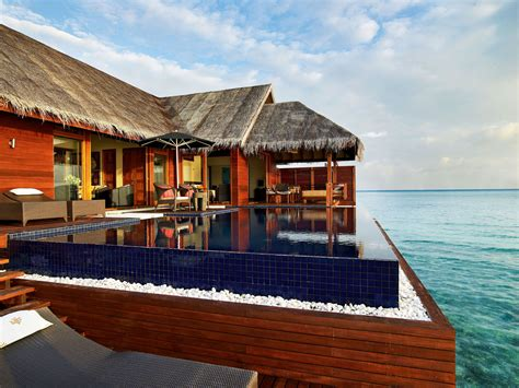5 Star LUX* Maldives Resort (16)   HomeDSGN