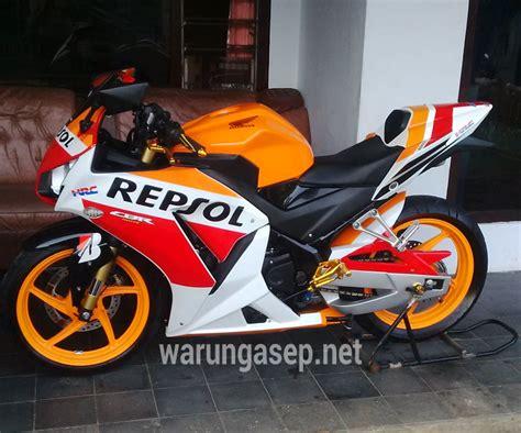Cover Tangki Cbr150r Modifikasi Honda Cbr150r Newhairstylesformen2014
