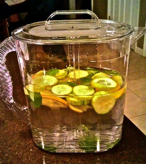Sassy Water Detox Diet Recipe by Sassy Water A Flat Belly Diet Staple Sassy Water