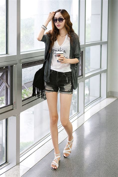 Korean Style 65 25 ไอเด ย mix match quot กระเป าสะพายข าง quot สไตล everyday look