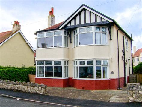Rhos On Sea Cottages by Meadway House Rhos On Sea Conwy Cottage Reviews