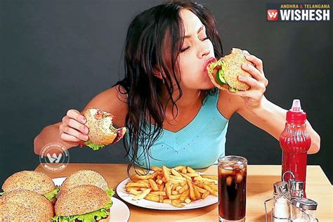 won t eat his food but will eat treats why some can t say no to junk food but do health