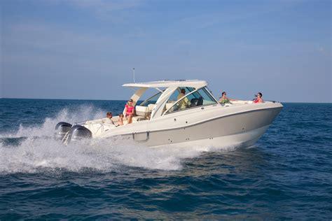 catamaran vs monohull fishing boat think twice twin hull vs mono hull world cat