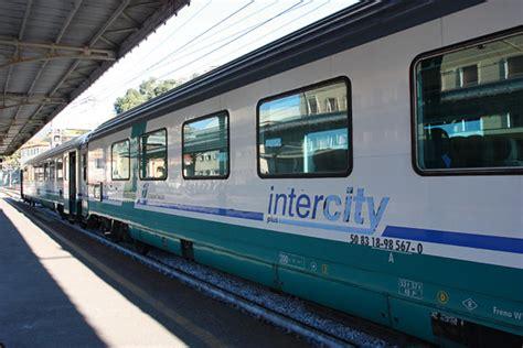 carrozze intercity trenitalia da giugno cancellati tutti gli intercity
