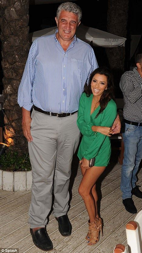 Longoria Is And Tiny by Longoria Is Dwarfed By Jolly As She Dines In