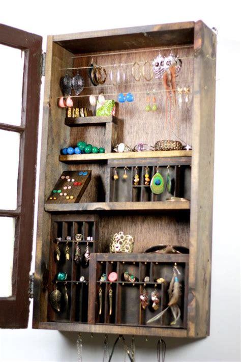 25 best ideas about mirror jewelry storage on pinterest best 25 hidden jewelry storage ideas on pinterest