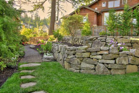 Terrific Retaining Wall Decorating Ideas Garden Wall Design Ideas