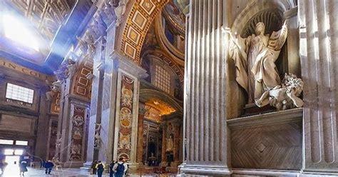 Alkitab Katolik Besar membaca alkitab kristen katolik mengapa banyak patung