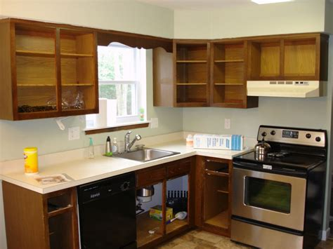 kitchen cabinet cleaning tips tips for cleaning the kitchen cabinet stains my kitchen