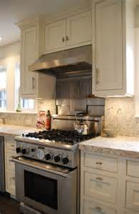 Kitchen Stove Backsplash Professional 30 Quot Stove Stainless Steel And Granite Backsplash Traditional Kitchen Boston