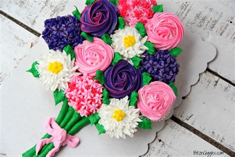 mother s day bouquet mother s day cupcake cake free printable bitz giggles