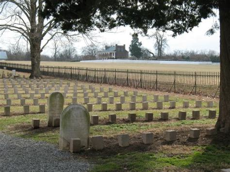 motor house plantation confederate cemetery picture of carnton franklin