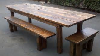 Rustic Outdoor Dining Table 30 Rustic Outdoor Design For Your Home