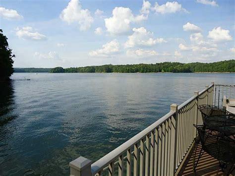 boat slip lake allatoona lake allatoona serenity point lake house homeaway